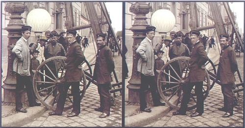 August-Fuhrmann-Installation-einer-Gaslaterne-1890.jpg
